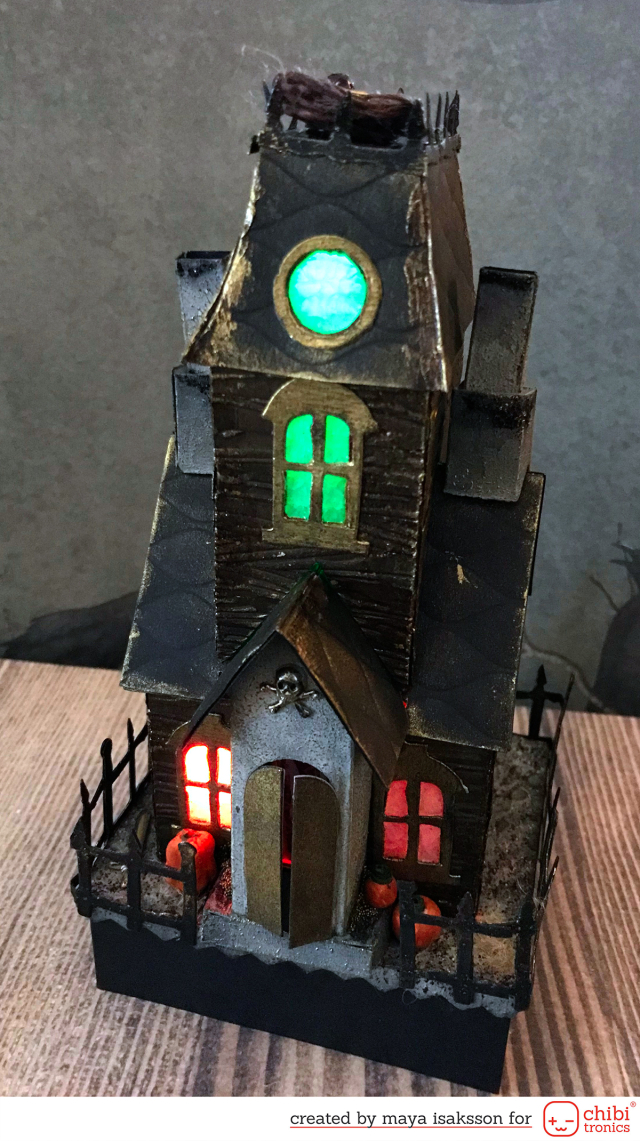 Maya Isaksson Haunted house chibitronics sizzix7